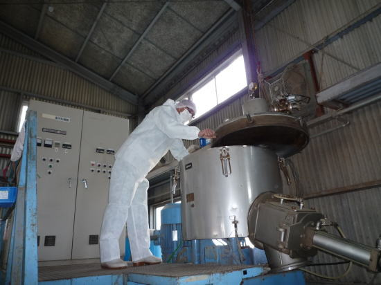 真空乾燥装置付大型ヒーターミキサー